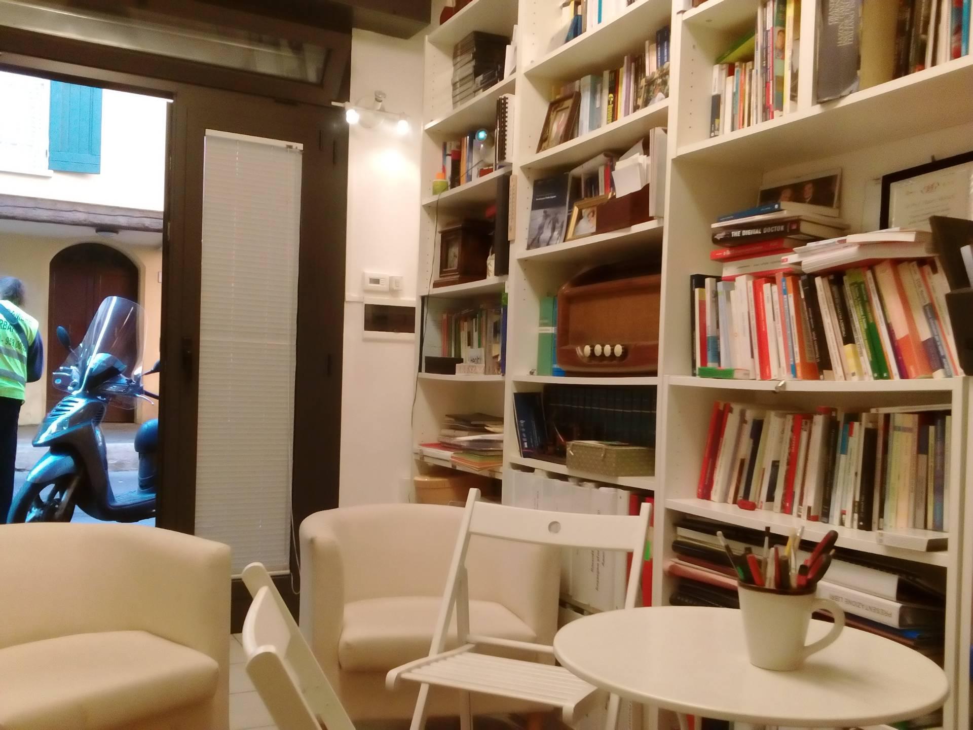 Spazio Vitale Studio Immobiliare negozi in vendita a bologna in zona strada maggiore. cerca